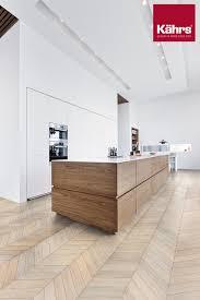 parkett küche chevron collection eiche white landhausstil küche
