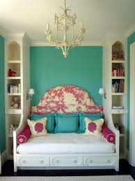 Small Bedroom With 2 Beds Small Bedroom Decorating Ideas On A Budget Lavish Home Fleece