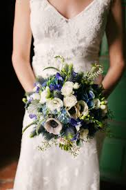 fall bridal bouquets 8 ideas we from this beautiful blue fall wedding kate aspen