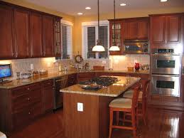 Cherry Cabinets In Kitchen New Venetian Gold Granite With Cherry Cabinets Venetian Gold