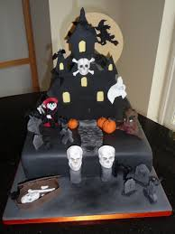 Halloween Skull Cakes by Halloween Cake I Made Last Year I Loved The Large Skull Moulds