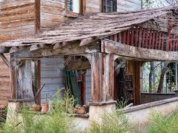 ramshackle house in madrid new mexico usa stock photo picture and
