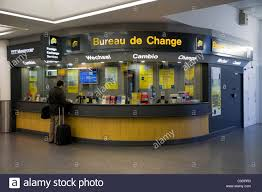 bureau de change a bureau de change office operated by ttt moneycorp at gatwick airport