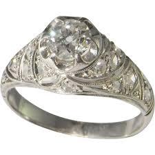 1920s art deco engagement ring diamond ring in platinum old