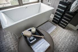 hgtv master bathroom designs master bathroom pictures from hgtv oasis 2014 hgtv