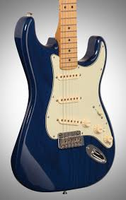 Sapphire Blue Fender Deluxe Stratocaster Electric Guitar Maple Fingerboard
