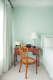 benjamin moore historical paint colors big bold color punches up a historic washington d c home