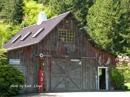 a neighbor converted a small barn into a workshop love it
