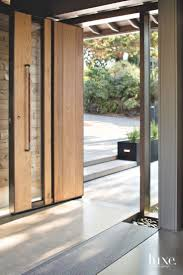 Modern Exterior Doors by Best 25 Modern Door Ideas On Pinterest Modern Wooden Doors