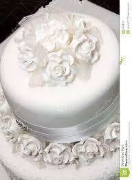 wedding cake with ribbon icing wedding cake heavenly delights