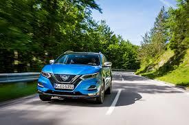 nissan qashqai hybrid review nissan qashqai 2017 facelift review by car magazine