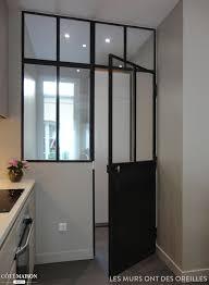 porte style atelier d artiste la cuisine est séparée par une verrière d u0027atelier véranda et