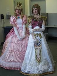 Zelda Costumes Halloween Princess Peach U0026 Princess Zelda Cosplay Cosplay Ideas