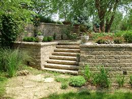 Recon Walls by Versa Lok Standard Allegheny Blend Retaining Wall Backyard