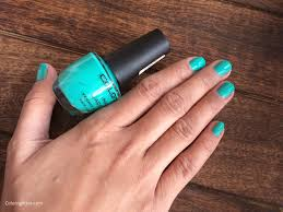 colorbar pro nail laquer magical green color n glitter