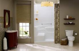 Ideas For Renovating Small Bathrooms by Renovating Small Bathroom Ideas Thraam Com