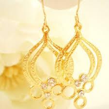 teardrop chandelier earrings gold chandelier earring bridal earrings from glamoroussparkle