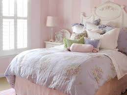 lighting stunning bedroom in vintage theme for teenage girls
