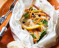 cuisine en papillote papillote de cabillaud et sa julienne de légumes recette de