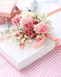 pink gift wrap creative embellished gift wrapping ideas