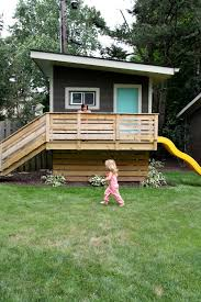 Backyard Play Houses by How To Create The Ultimate Backyard Fort Backyard Fort Forts