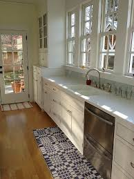 Galley Kitchen Rugs 8 Small Er Kitchens My Readers Cook In Hooked On Houses