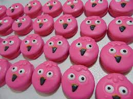piggy bank party favors pin by grahams a touch of sweetness sweet treats on