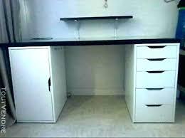 bureau ikea bureau noir et blanc ikea table a roulte awesome bureau top bureau