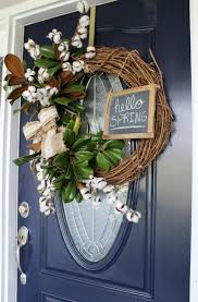super easy diy spring wreath using magnolia and cotton