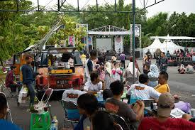 volkswagen kombi food truck jogja vw festival jvwf 2017 yogyakarta classiccult