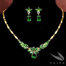 green crystal necklace set images Green crystal jewellery set jpg