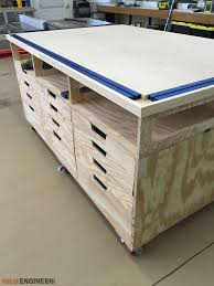 corner workbench would make an awesome craft table this is very
