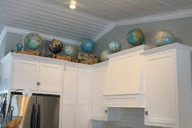 show me kitchen cabinets show me what decor is above your kitchen cabinets gbcn