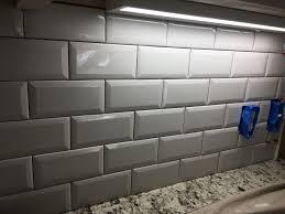 Odessa Florida Beveled Subway Backsplash Installation Ceramictec - Beveled subway tile backsplash