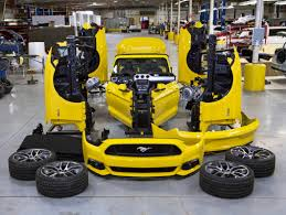 build ford mustang 2015 displaying a 2015 ford mustang convertible 1 000 above