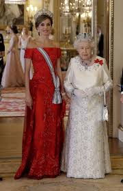 kate middleton dresses kate middleton wears plunging neckline letizia in at