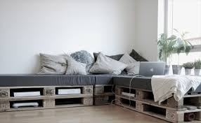 daybeds that are more trendy pallet diy furniture
