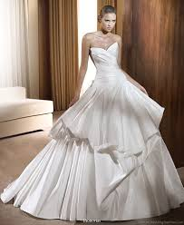 pronovias 2011 wedding dress collection beautiful bridal gowns