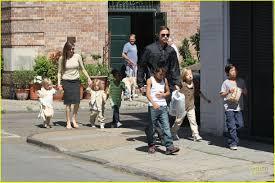 Angelina Jolie Mansion by Angelina Jolie U0026 Brad Pitt Grocery Shopping With The Kids Photo