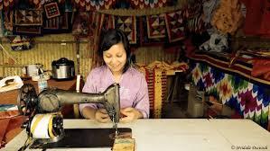 dress code for women in bhutan