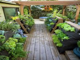 Garden Containers Ideas - patio vegetable garden ideas home outdoor decoration