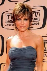 insruction on how to cut lisa rinna hair sytle lisa rinna head turning short haircuts l www sophisticatedallure
