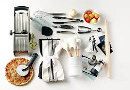 a wedding registry the best online wedding registries woman getting married