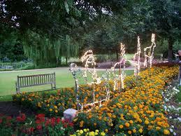 hunter valley gardens christmas lights kidtown sydney