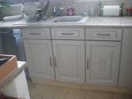 cuisine peinte en gris cuisine repeinte en gris clair par caroline d déco faire du