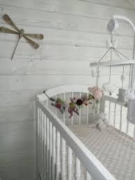 chambre avec lambris blanc chambre lambris blanc beautiful chambre bb fille enfant dcoration