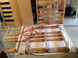 How To Make A Platform Bed Out Of Pallets - pallet bed 6 steps