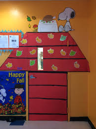 thanksgiving door ideas snoopy charlie brown thanksgiving fall classroom door doors i