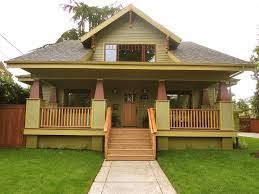 small bungalow homes bungalow exterior color schemes shocking paint for small houses