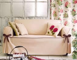 housse canapé becquet housses fauteuil et canapés bicolores à nouettes becquet
